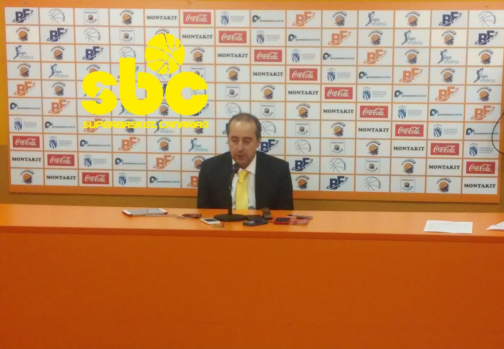 Txus Vidorreta en la sala de prensa del Fernando Martín