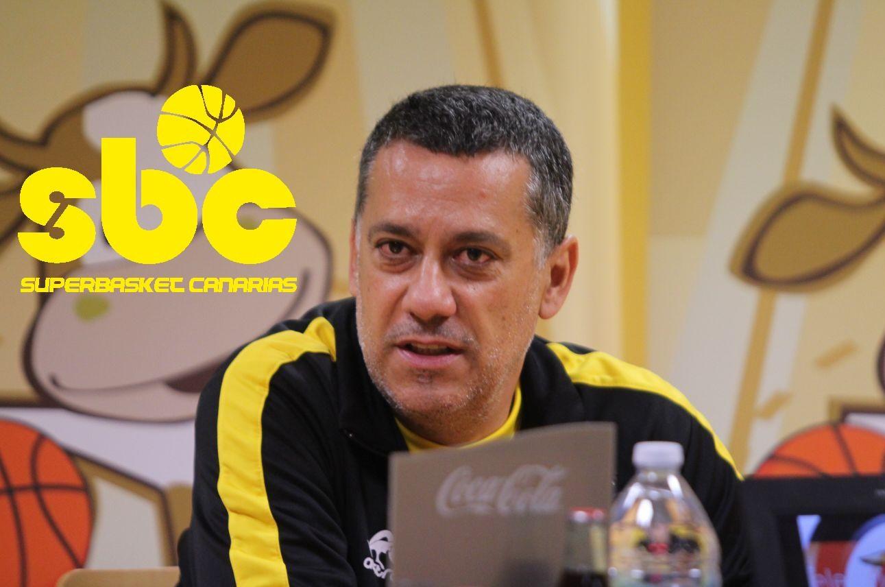 Alejandro Martínez, entrenador del Club Baloncesto Canarias