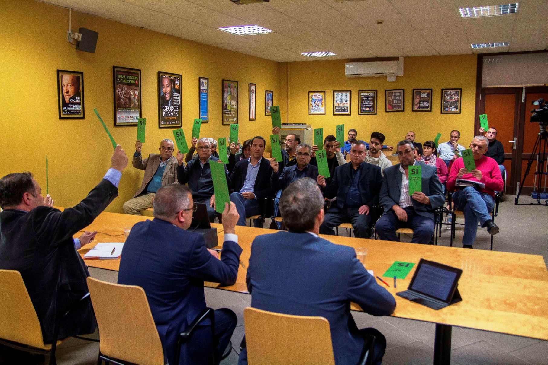 Imagen de la asamblea celebrada en el Santiago Martín