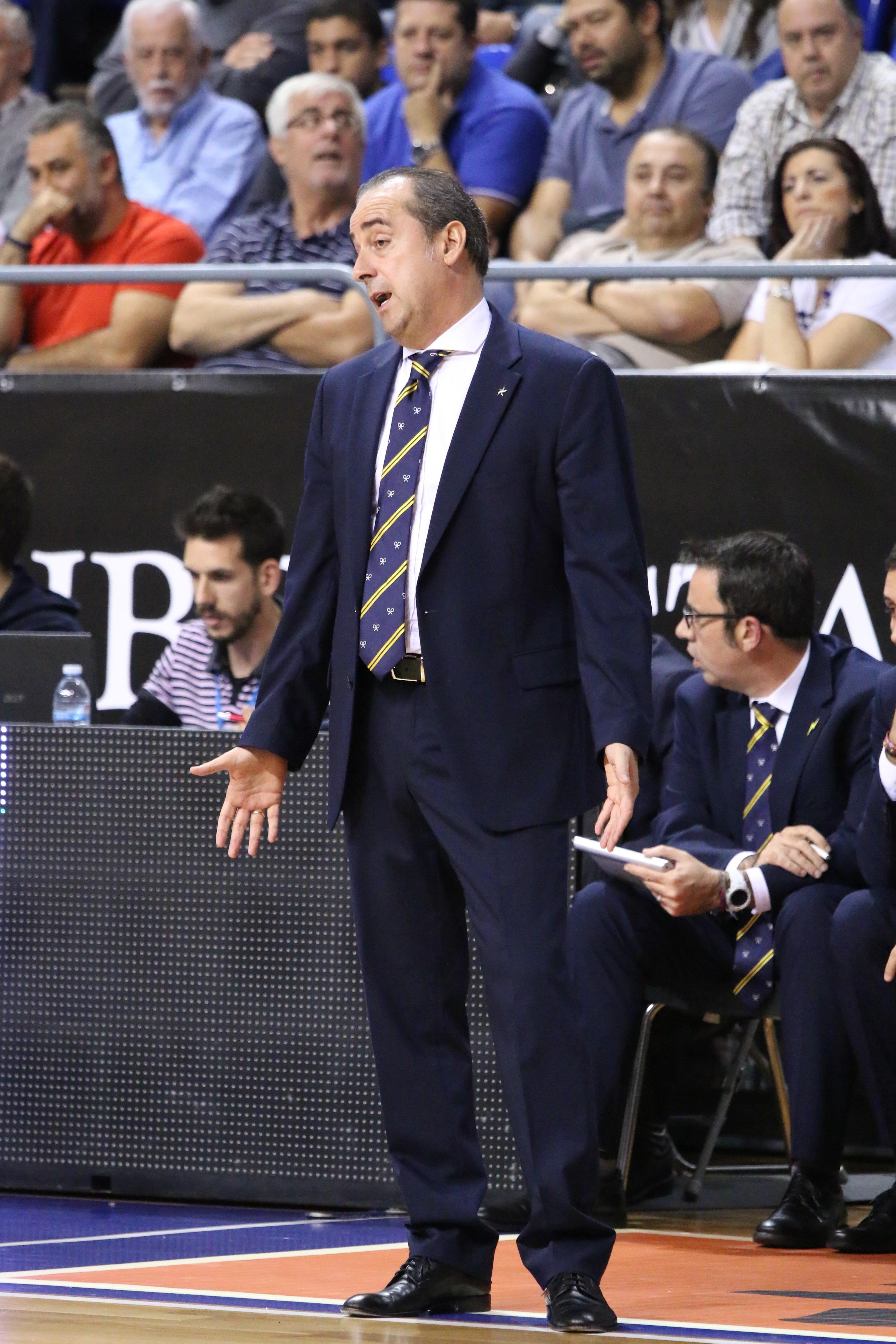 Txus Vidorreta / SuperBasket Canarias / Rafael Maceira