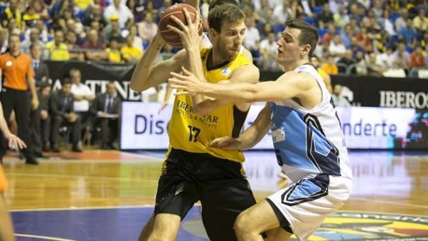 Rosco Allen en su visita al Canarias la temporada pasada / ACB Photo