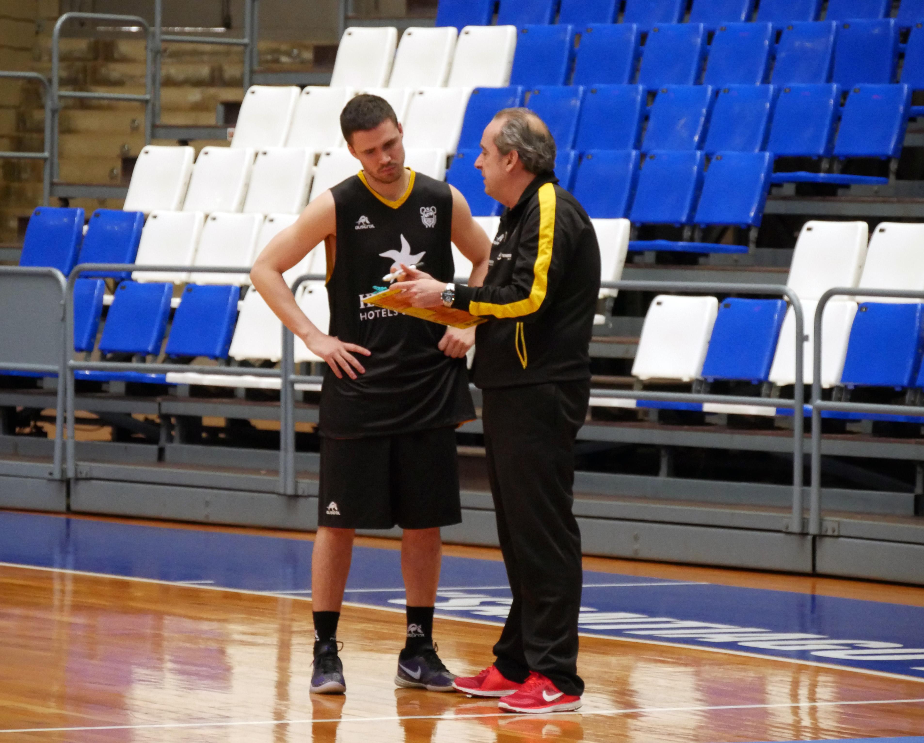 Dani Pérez junto a Txus Vidorreta