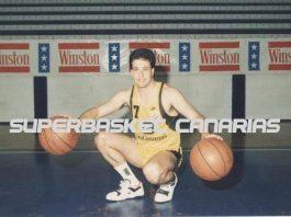 Carmelo Cabrera vestido de aurinegro y luciendo el mítico 7 / Foto: Archivo / José Luis Hernández